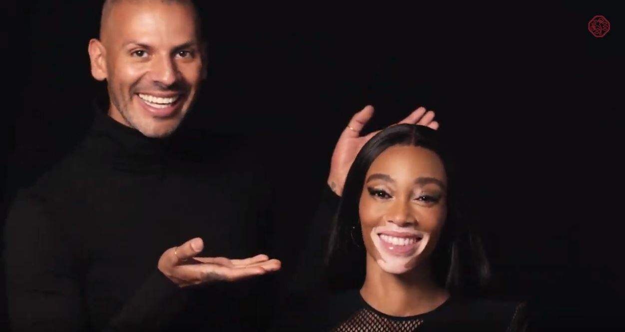 Logra el look: ControlledChaos Mascara Black Pulse con Winnie Harlow | SHISEIDO