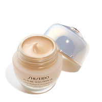 Total Radiance Foundation SPF 20,G3