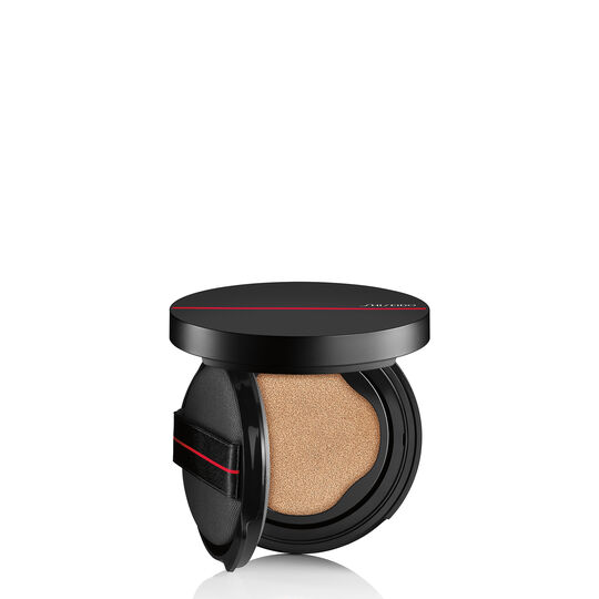 A magnified image of SYNCHRO SKIN SELF-REFRESHING Cushion Compact Foundation