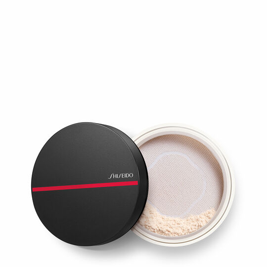A magnified image of Synchro Skin Invisible Silk Loose Powder